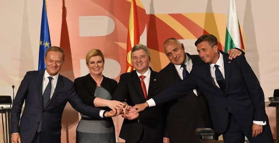 """Кој самит имаше поголема тежина: """"Процес Брдо-Бриони"""" на Иванов или """"Дигитален самит за Западен Балкан"""" на Заев и Манчевски?"""