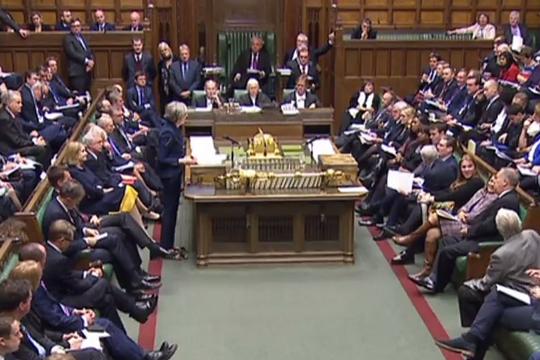 Британските пратеници формираа група за борба против руското влијание