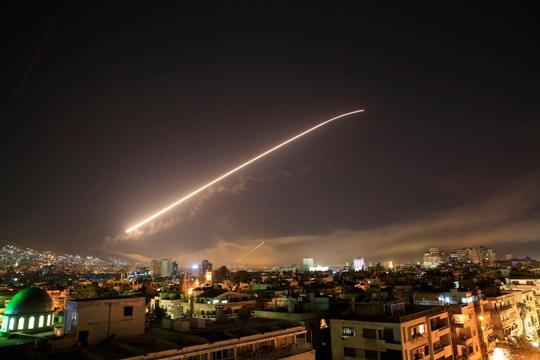 Поранешен офицер со шокантно тврдење за хемиското оружје по нападот во Сирија