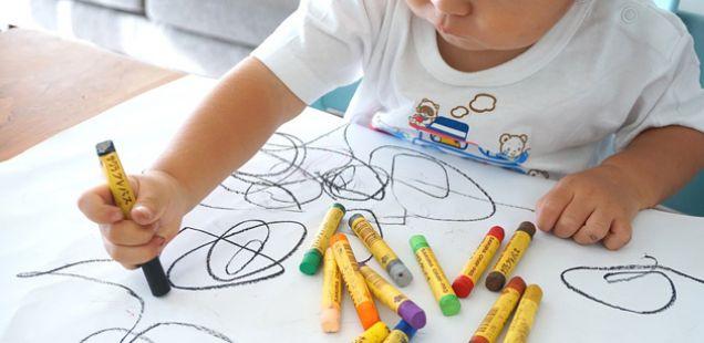 """Срам на родителска: Кога видела што нацртала нејзината ќерка, сакала да """"пропадне во земја"""" (ФОТО)"""