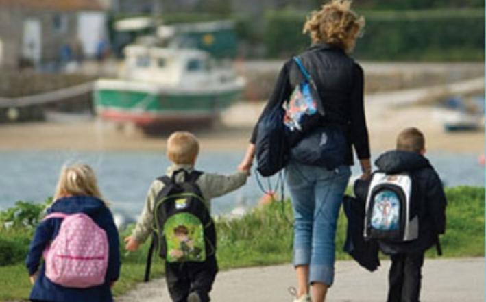 Царовска не исплатила додаток за трето дете за 2018 година, а се планира и негово укинување