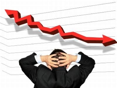 Економистите на линија со Мицкоски, стопанството крахира нема изгледи за раст