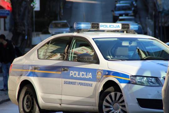 Експлозија пред полициска станица во Задар