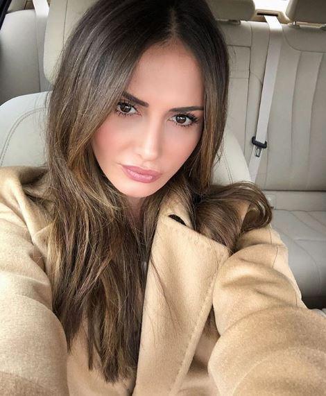На ваква драстична промена не се нафатила ниту една пејачка: Емина Јаховиќ повеќе не изгледа вака (ФОТО)