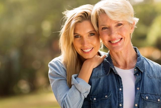 Дали мажите сакаат помлади или постари жени- конечно решена мистеријата!