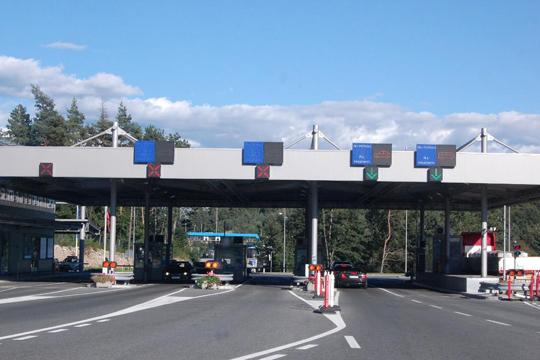 Франција ја продолжи контролата на границите до крајот на октомври
