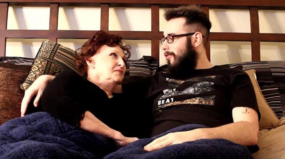 Има 19, а таа 72 години: Тие се во среќен брак, а тој вели дека е неверојатна во кревет