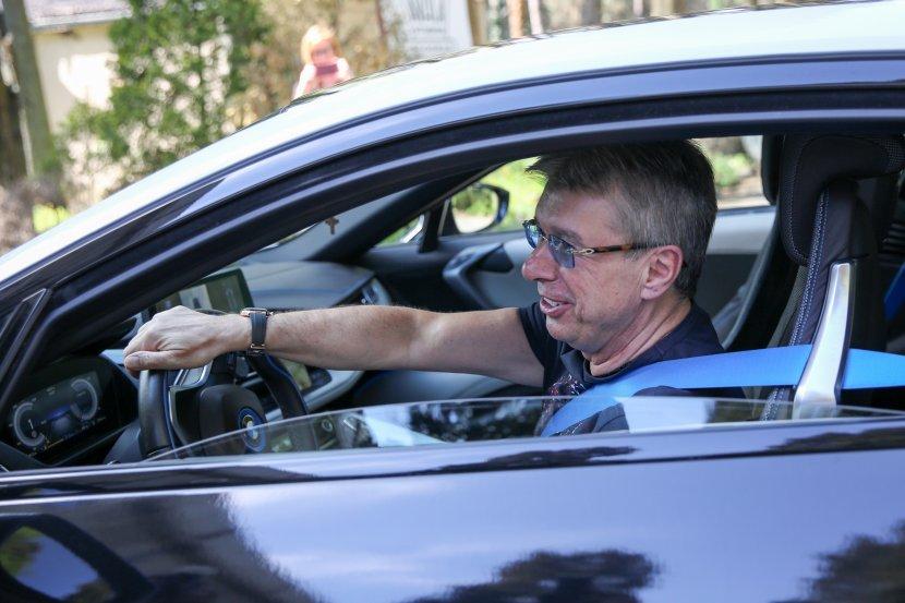 На Балканот само двајца го поседуваат овој автомобил: Саша Поповиќ се поднови со луда машина вредна 150.000 евра (ФОТО)