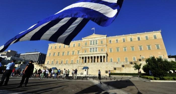 Обиди за измама во Грција: Лица се претставувале како надлежни за информирање за коронавирусот