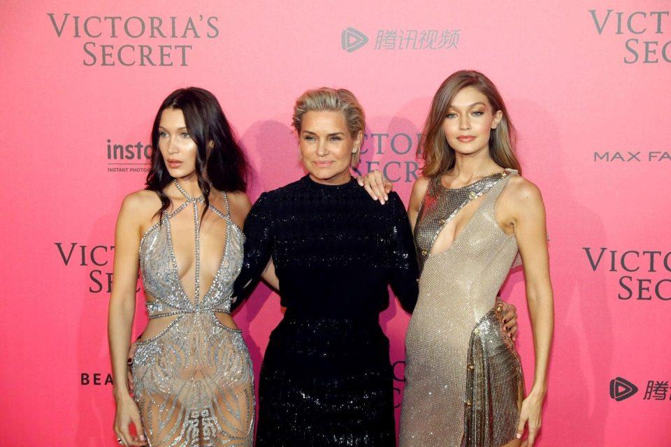 Бела и Џиџи Хадид се згодни заводнички, погледнете каква убавица е нивната мајка (ФОТО)