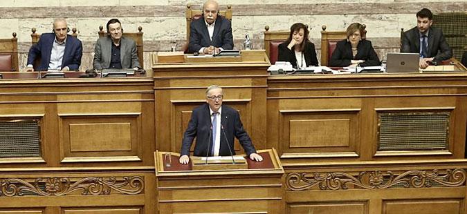Јункер во грчкиот Парламент: Итно треба да се реши проблемот со името