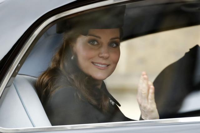 Кејт Мидлтон пристигна во болница, Велика Британија го чека третото кралско дете