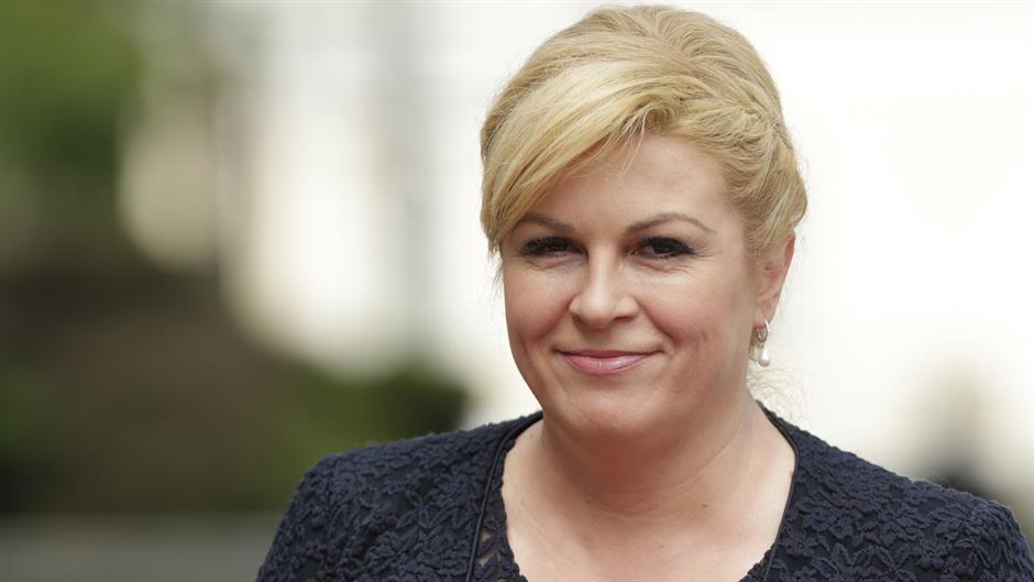 Вешто ги крие од јавноста, но ќерка и е под бурно око на медиумите: Ова е семејството на Хрватската претседателка (ФОТО)
