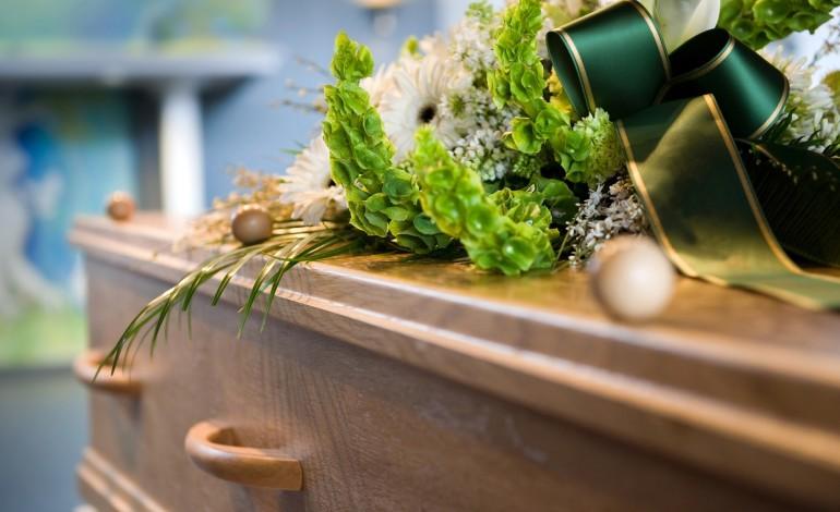 Мртовечки ковчег којшто на еколошки начин ги разградува останките на покојниот- од цената ќе ви се заврти во умот