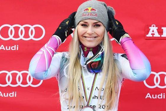 Се прости од олимпијадата, но не и од фановите: Згодната скијачка повторно се соблече на Инстаграм (ФОТО)