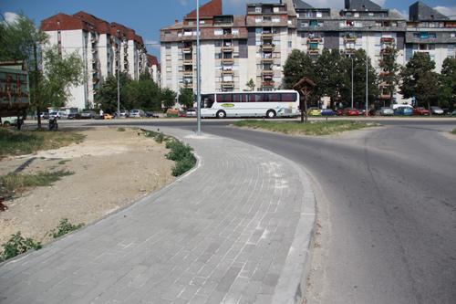 Инцидент во скопско Лисиче: Две малолетни девојчиња завршија во болница откако биле нападнати од 36 годишна жена