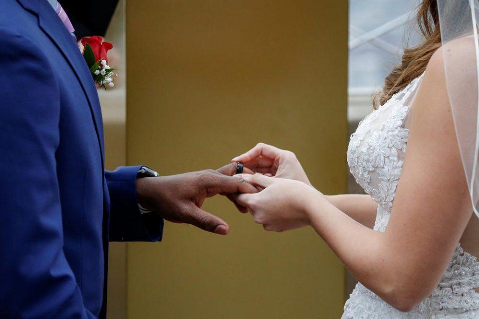 Кога првата брачна ноќ ќе тргне на лошо: Сопружници ги откриваат најголемите разочарување кои ги доживеа после свадбата
