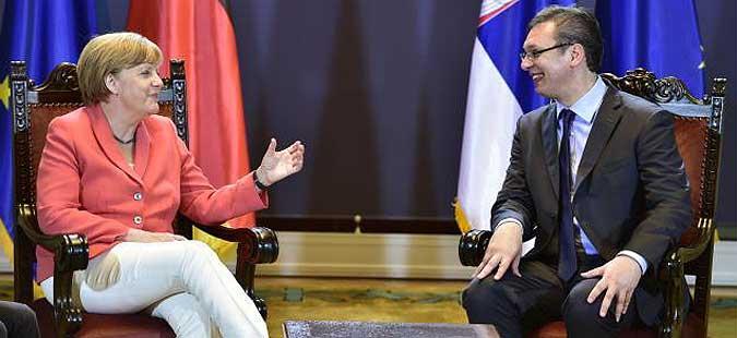 Меркел го повика Вучиќ на 13-ти април во Берлин