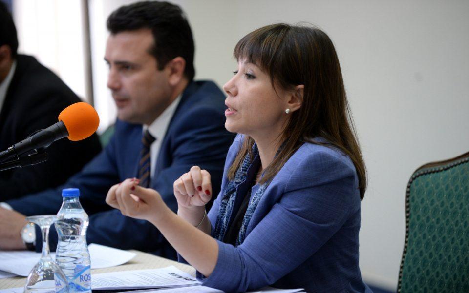 Поповски со критика кон Царовска: Пензиите не можат да растат со раст на 4% на економијата