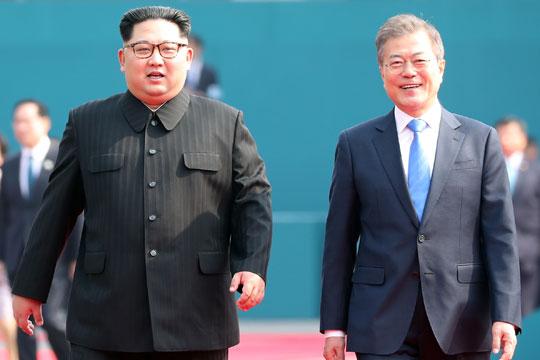 Заврши првиот круг од преговорите меѓу Мун и Ким