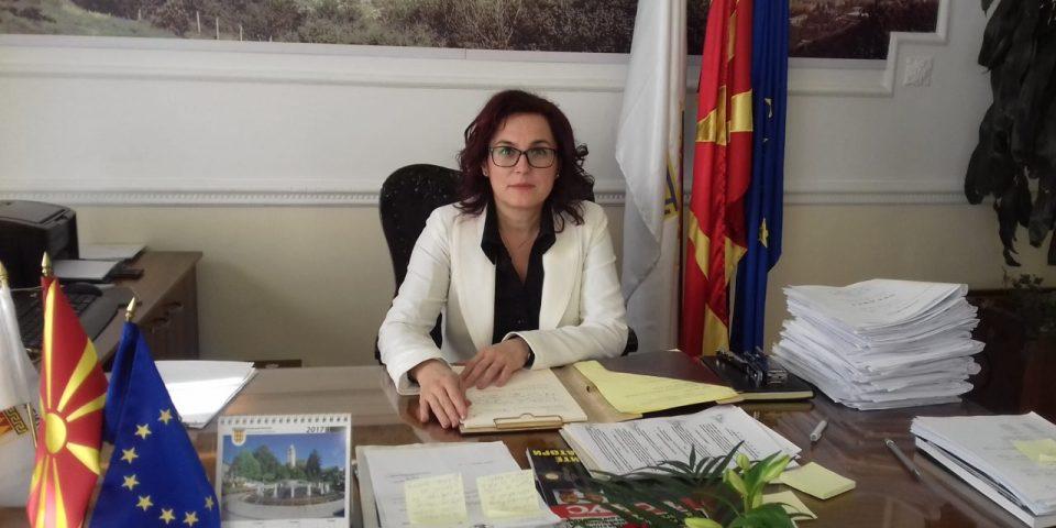Градоначалничката на Битола Петровска позитивна на корона вирус