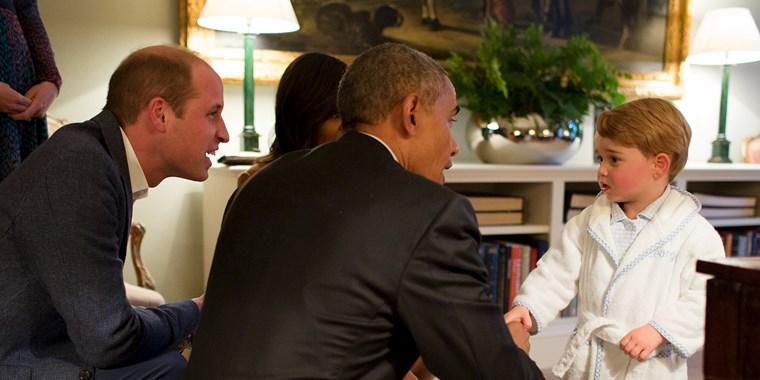 Јас ќе носам ноќница, а вие пижами: Мишел Обама со уникатна порака им ја честиташе приновата на Кејт и Вилијам (ФОТО)