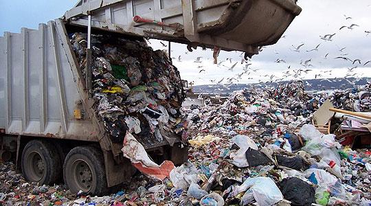 Секој жител на Македонија лани созадал по 379 килограми отпад