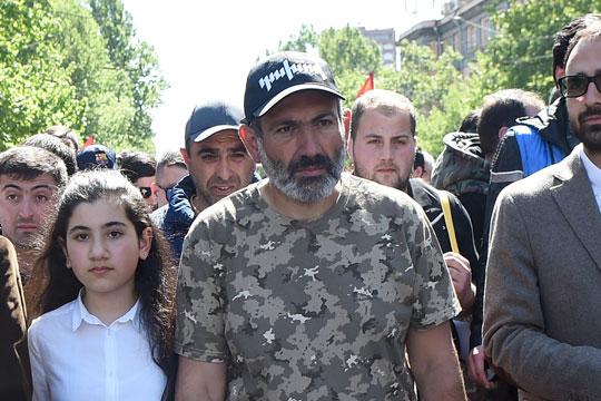 Лидерот на ерменската опозицијата: Подготвен сум да ја водам државата