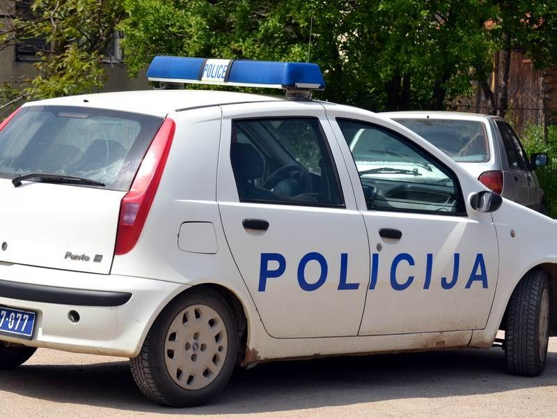 """Полицајка предизвика сообраќајка со 2,2 промили алкохол во крвта, но """"циркузот"""" допрва започнал"""