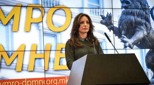 Попова: Хаос, неработа и сомнителни бизниси е на кратко описот на работа на градоначалникот Шилегов