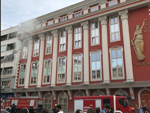 Полицијата денес ќе утврдува од што избувнал пожарот во Правда