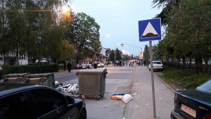 Прегазеното дете од Ѓорче Петров  е во стабила состојба  граѓаните и денес на протест