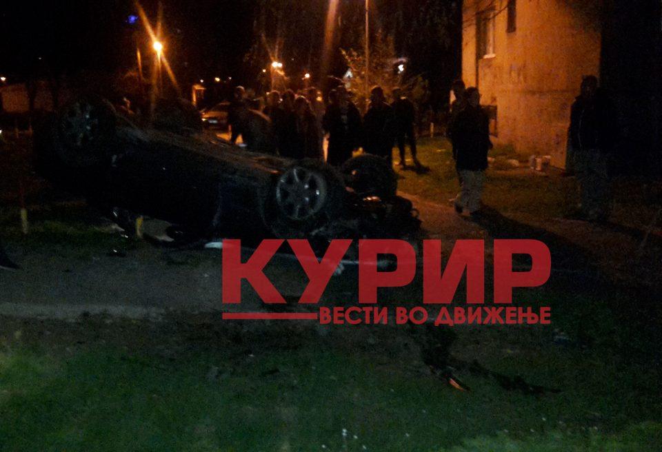 """Страшна сообраќајка вечерва на """"Првомајска"""", Мерцедес се преврте на кров"""