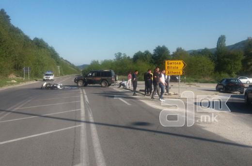 Млад мотоциклист загина кај Битола: Возел на едно тркало, па во него удрил џип
