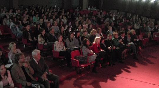 """Штипскиот филилошки факултет додели награди за најдобрите есеи и цртежи на тема """"Јазикот и неговата комуникациска моќ"""""""