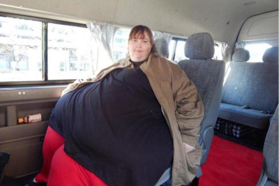 Има 330 килограми и сака да стигне до еден тон: Сузан сака да стане најдебела жена на светот (ФОТО+ВИДЕО)