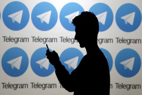 Иран забрани употреба на странски социјални мрежи во училиштата