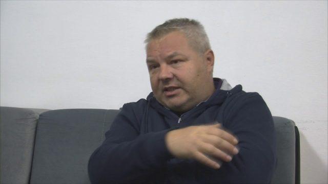 """После Тасева, и новинар од ТВ 24 се пожали од Анѓушев: Ме тргна на страна и ме праша – """"кој тебе ти дозволи да снимаш изјава со Бугарката?"""""""