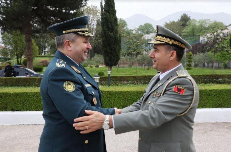 Македонија и Албанија ја зајакнуваат соработката во одбраната