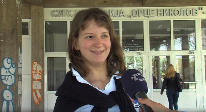 """Запознајте ја Вера – девојката борец, единствената ученичка со попреченост во гимназијата """"Орце Николов"""""""
