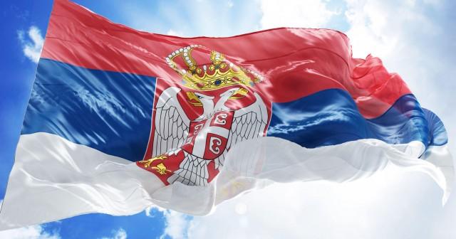 Во Србија задолжителна употреба на кирилица, ќе фрчат огромни казни