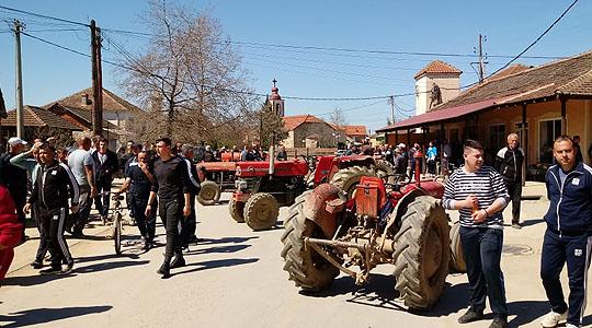 ВМРО-ДПМНЕ: Владата на СДСМ единствено се грижи за сопствените џебови- ги доведе земјоделците до питачки стап, немаат ни за леб