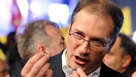 Жерновски призна дека Шиповиќ откако се соочил со народот пред општината не му се случило ништо