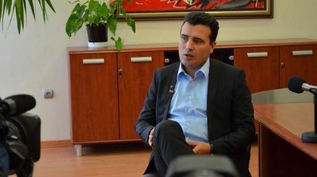 Родител на убиено дете кај Смилковско: Заев да се донесе во судница, па тука да се соочи со сите родители за да видите дека ја зборуваме вистината