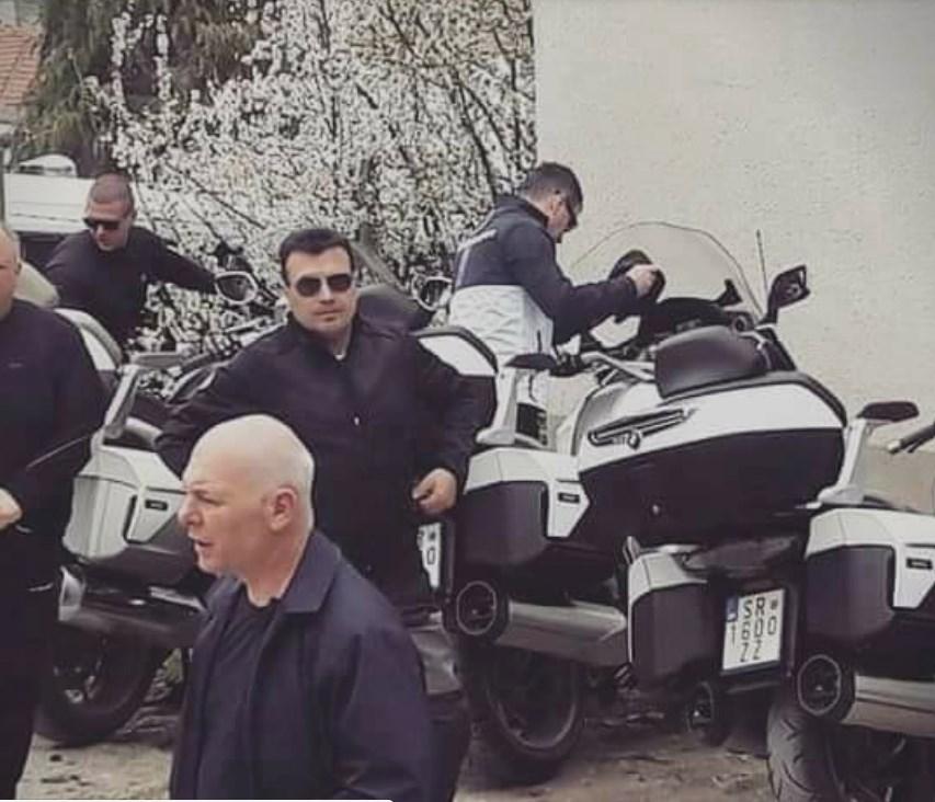 Премиерот Заев се шета со мотор од 30 илјади евра, во анкетниот лист не поседува вакво возило (ФОТО)