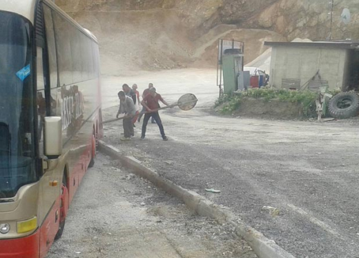 МВР со детали за запалениот автобус со ученици на Стража