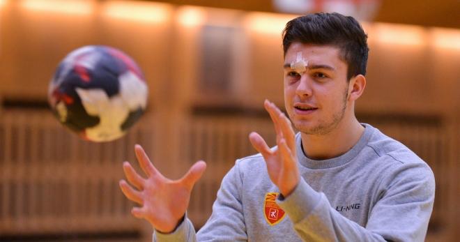 Кузмановски: Тешко е да се игра во време на корона
