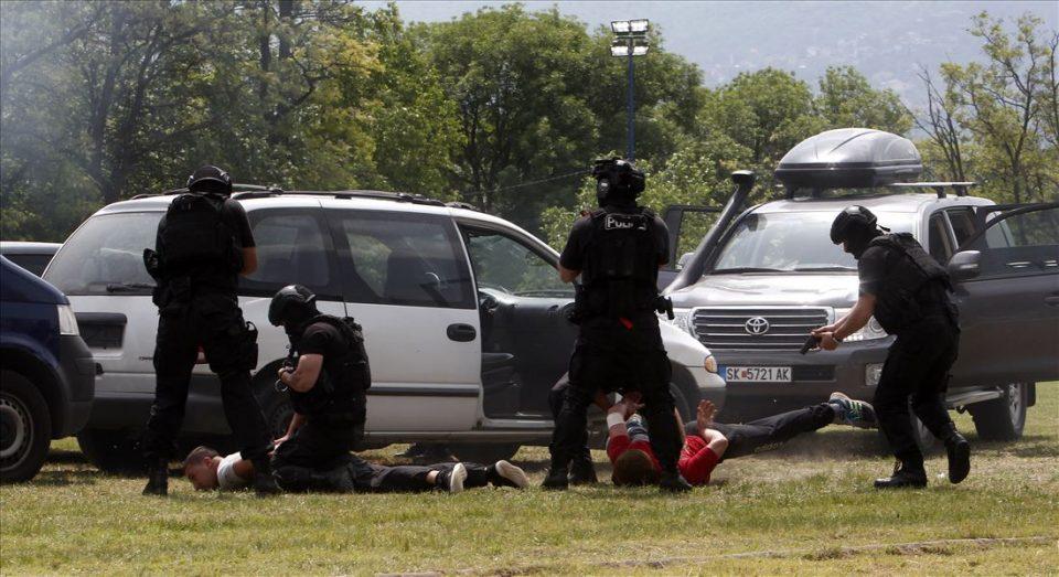 ФОТО ГАЛЕРИЈА: Показна вежба на МВР по повод Денот на полицијата