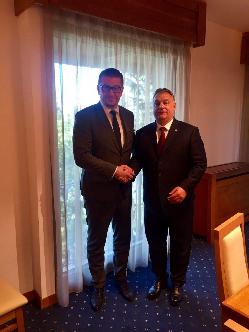 Мицкоски оствари билатерална средба со премиерот на Унгарија Виктор Орбан