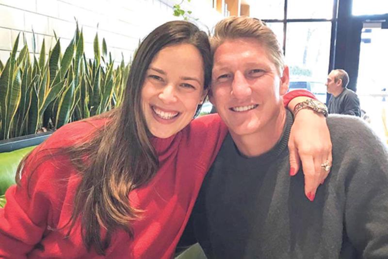 Ана Ивановиќ и Швајнштајгер го добија вториот син (ФОТО)